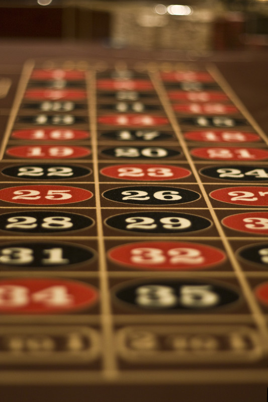 profitable roulette strategy
